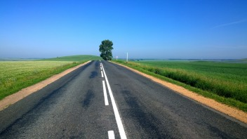 Трасса дорога степь небо