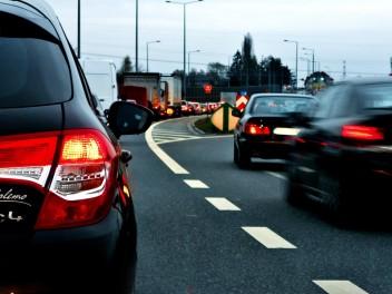 Машины скорость пробка трасса