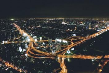 ночной мегаполис вид сверху