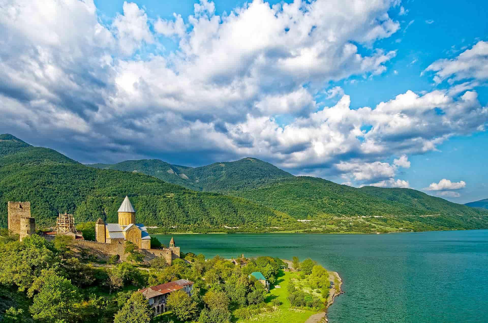Туристическая страховка в Грузию