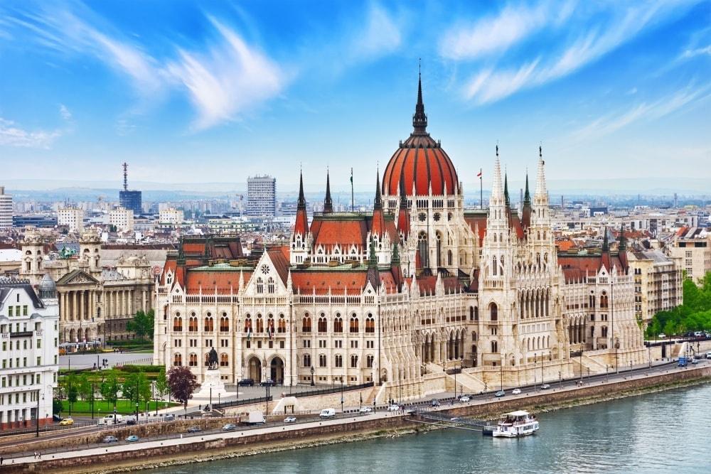 Туристична страховка в Угорщину