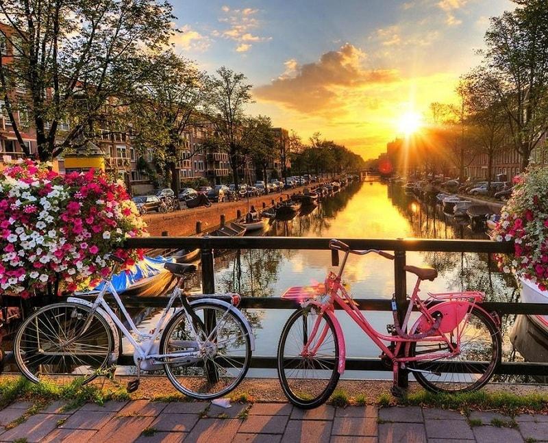 Страховка для візи в Голандію