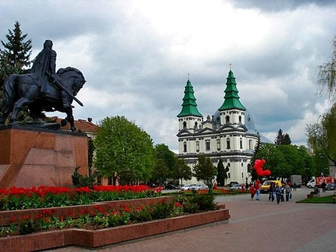 Туристическая страховка для выезда за границу в Тернополе